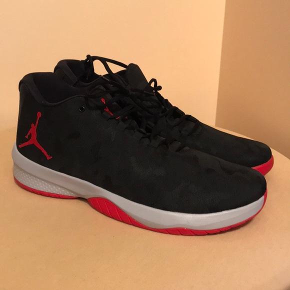 NIKE Air Jordan B Fly Mid Basketball shoe Size 18